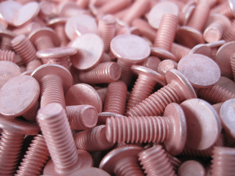 copper-plated-studs